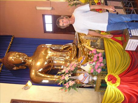 This is what 5000kg of gold looks like. The Golden Buddha in bangkok's chinatown