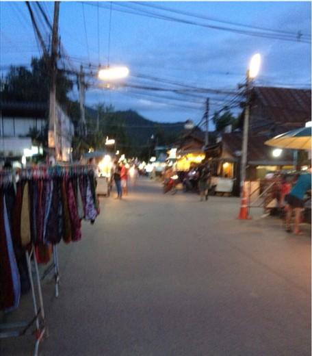 Pai walking street
