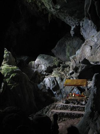 Cave of the Golden Crab, nr Vang Vieng