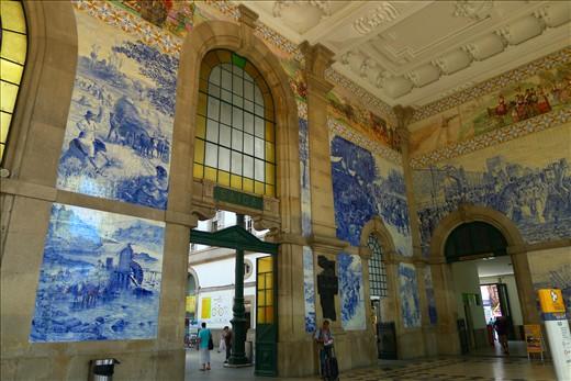 Even the train station was beautiful - Porto