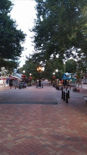 Early morning on main shopping street in Nelson