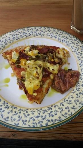 Weird pizza with amaranth crust