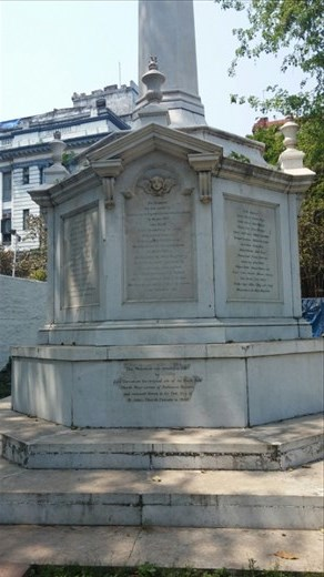 Sculpture in memorial of a scandal where British were killed