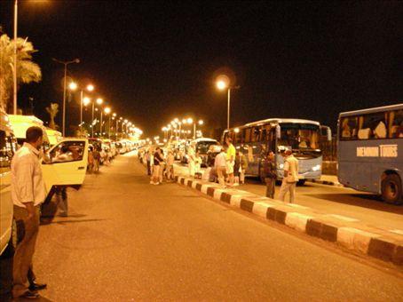 4.00am, the police escorted convoy to abu simbel....