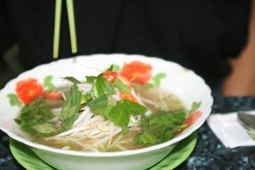 Pho Bo..... Birthday dinner and our typical everyday meal!!! SOOOOOOOOOOO good!!! And about $1 a bowl!