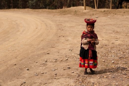 Children don't beg for money being worthless in the Andes. A bread roll goes further here.