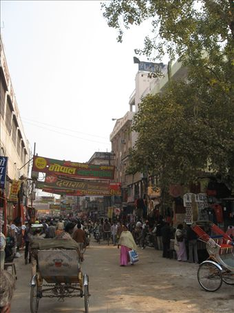 Busy Varanasi roads
