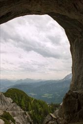 A view framed by nature over looking the majestic mountains  and I am the one that was able to capture it. This is my native country (Heimatland).: by claudia22, Views[138]