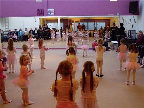 Jasmijn - aula aberta de balé / ballet open class