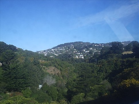Suburbio entre / Suburbs between Johnsonville-Wellington