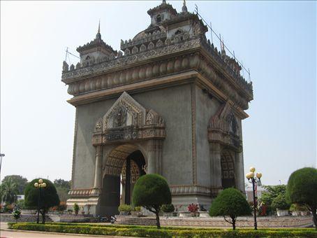 Vientiane's haughty Arc de Triomphe replica