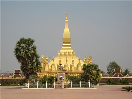 Pha That Luang is the most important monument in Loas