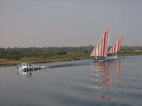 Views of the Nile from the boat