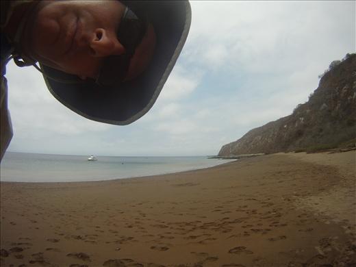 David prairie dogging into a pic of Isla de la Plata