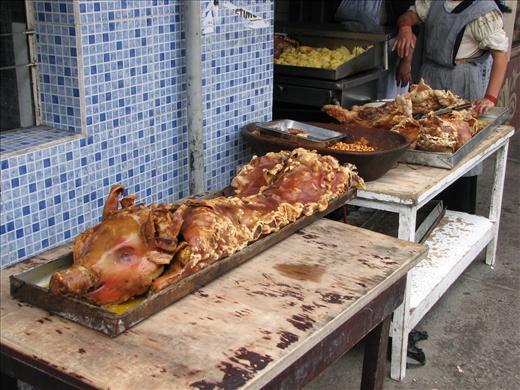 More hornado...perfect street food