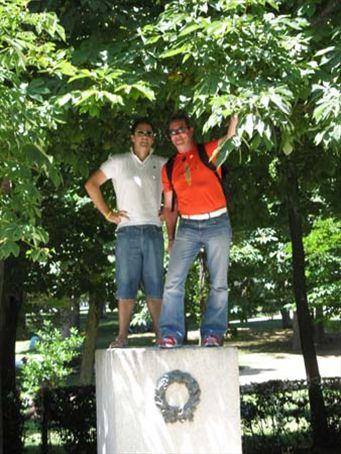 The Grant and Brendan statue at Retiro Park