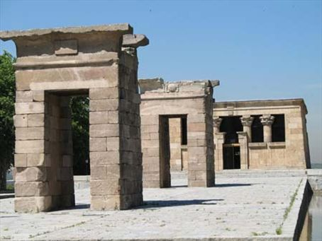 The Temple of Dobod - a 2000 yr-old gift from Egypt