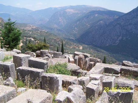 View of toppled columns and the valley below (Delphi)