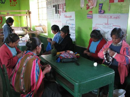 Women working on their handicrafts at the Tallares women´s group (Pumamarca)
