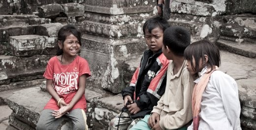 I came across these kids at Bayon in Siem Reap. They were playing practicle jokes on each other and i loved watching how at home they were among the ruins.