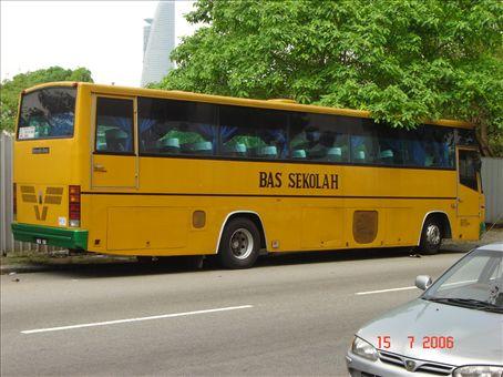 Sekola-bussi....?