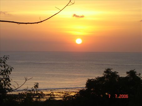 Auringonlasku Gili Trawanganilla