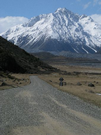 Up the road to Mount Cook