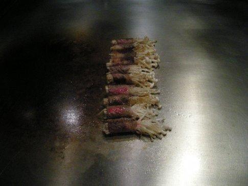 magic mushrooms im fleischmantel ... war ein lustiger aben dann ... :-)