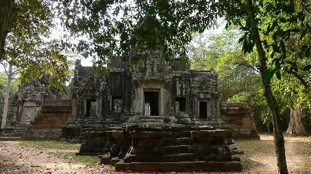 'just' another smaller temple at Angkor