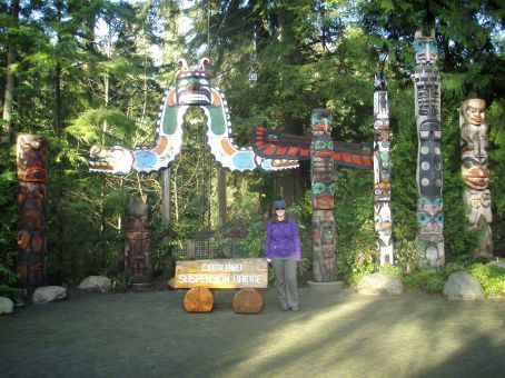 Stef with some totems at the Capilano Suspension Bridge