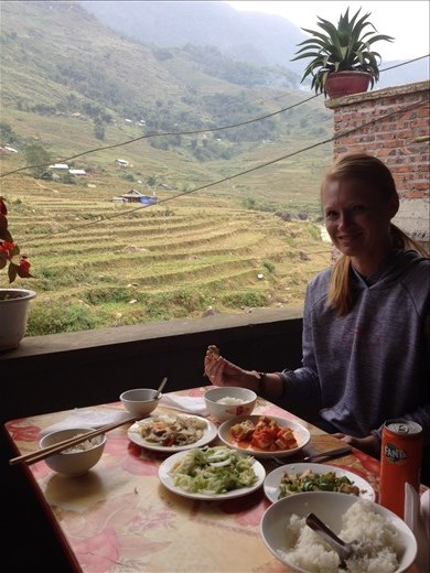 Lunch along the way with a view of the countryside.