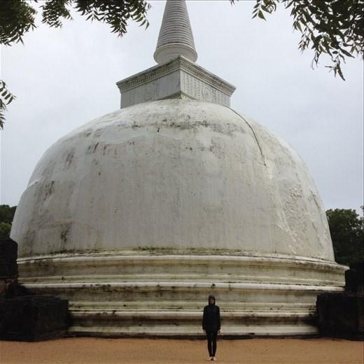Alahana Parivena is the largest monastery complex in Polonnaruva