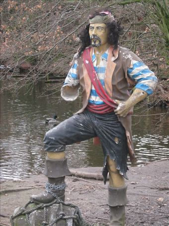 one armed pirate atthe whirlpool gardens in manchester look it up
