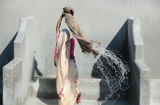 As a profession the work in the dhobi ghat is limited to men; the women used the place to do house's laundry when ghats are free of work.