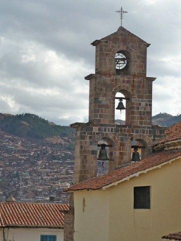 Inglesia de San Blas...housing the most amazing pulpit ever!