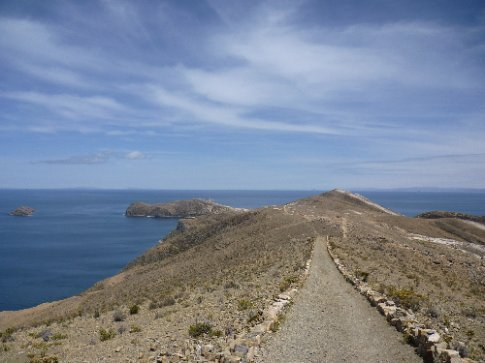 On the walk from the south to the north end of Isla del Sol