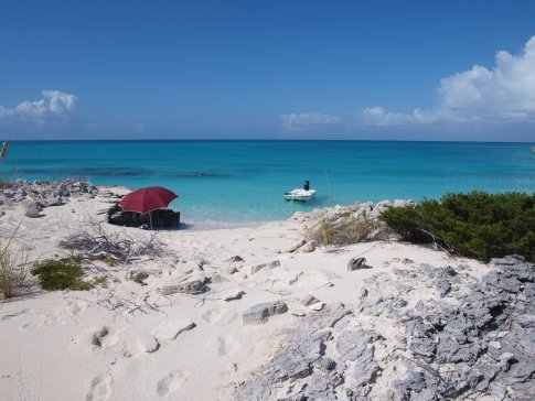 Pine Cay - secluded spot for lunch