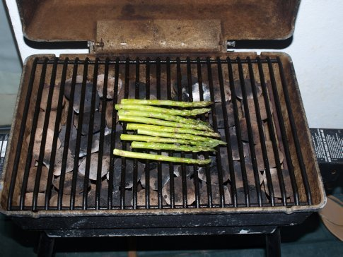 The king of all BBQ's - course 3 - Asparagas