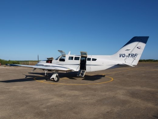 Caicos Express  - 8 seater plane that flys to Salt Cay