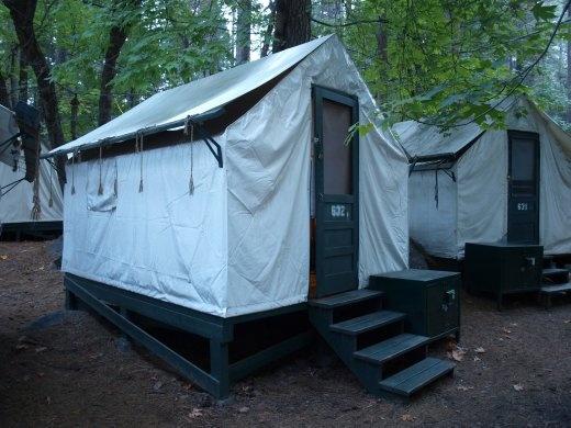 Yosemites - Camping at Curry Village