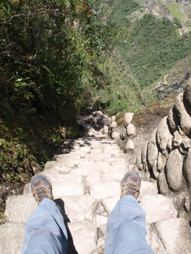 Machu Picchu - Ince steps down from Wayna Picchu