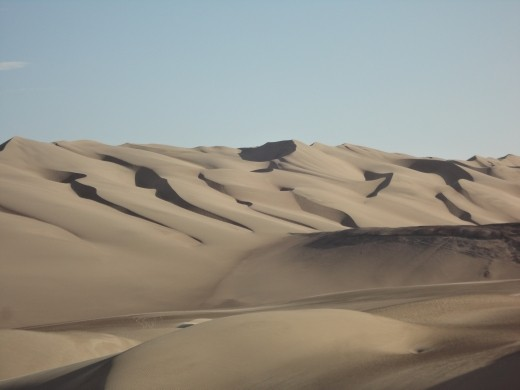 Nazca - sand dunes