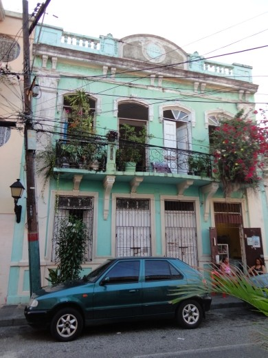 Random colonial buildings