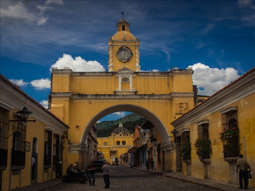 Antigua - Arch of Santa Catalina