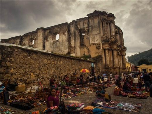 Antigua - El Carmen market