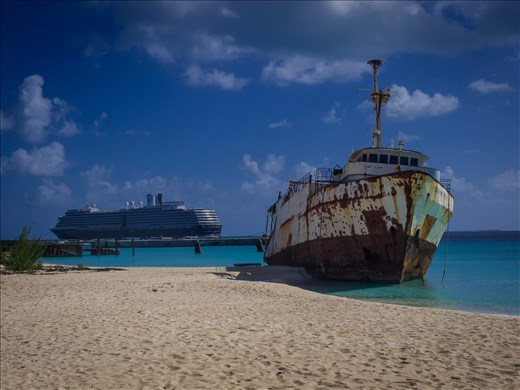 Governors Beach - wreck and cruise ship