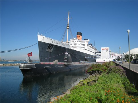 Queen Mary and Soviet Scorpion sub.