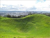 Near perfect volcano crater in Auckland.: by dave_sarah, Views[235]
