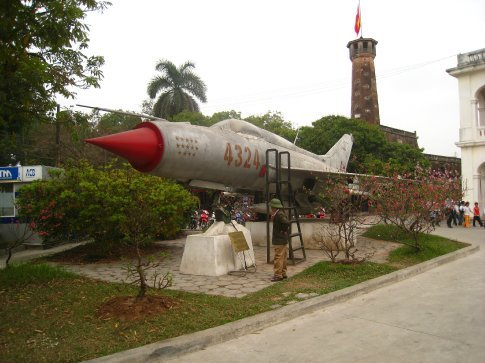 MIG-21 in the war museum. Notched up 14 American kills in the vietnam war.