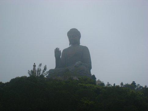 Murky misty massive buddha at Po Lin.